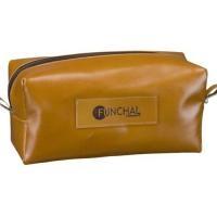b68656e0b2fbb Nécessaire Personalizado   Confeccionado em couro legitimo ou em material  sintético, forrado com nylon 600